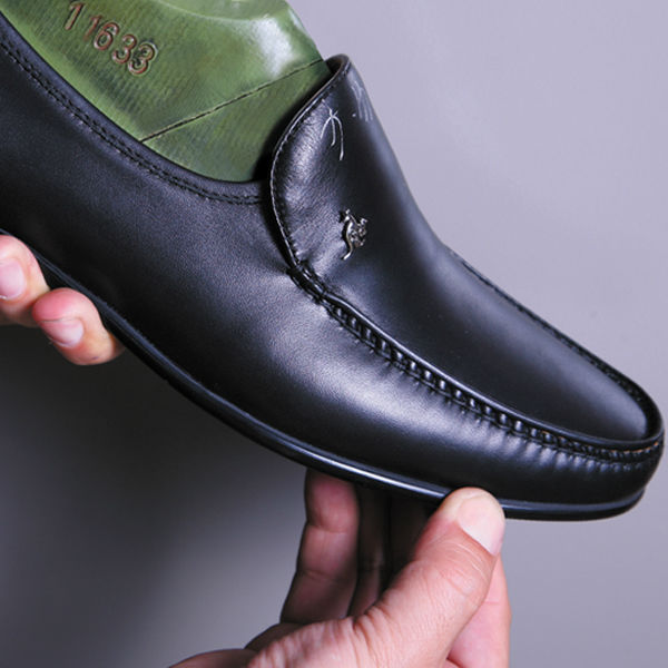 complete guide to the equipment needs for man shoes making